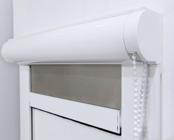 Store enroulement optima franciaflex for Systeme interieur 2000
