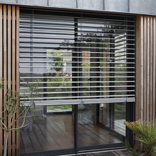 brise soleil orientable lacettes franciaflex. Black Bedroom Furniture Sets. Home Design Ideas